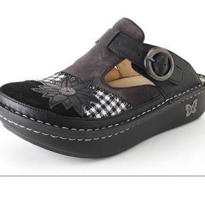Alegria black classic plaid slip on shoes size 36